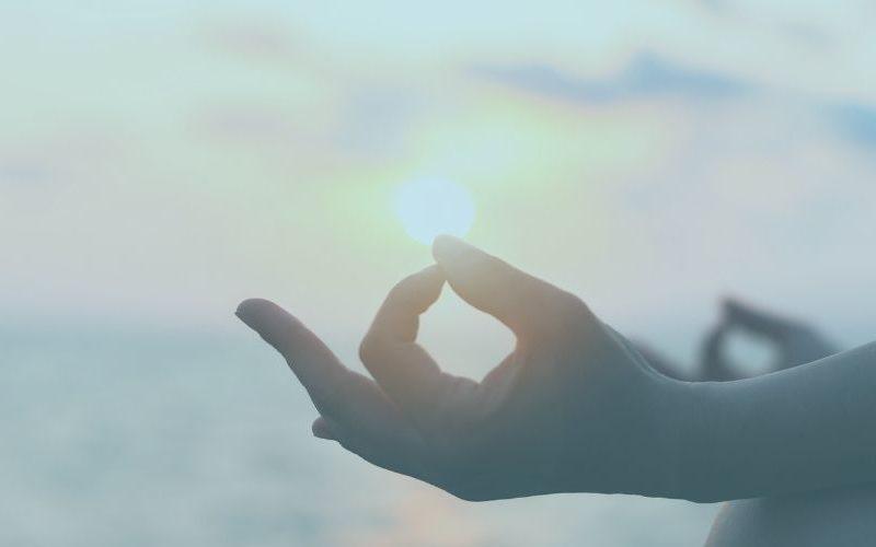 Meditation: Fühle die Liebe in dir | Affirmationen